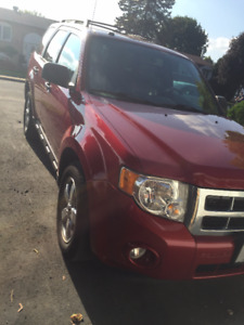 Opportunité 2009 Ford Escape Cuir/Leather Opportunity