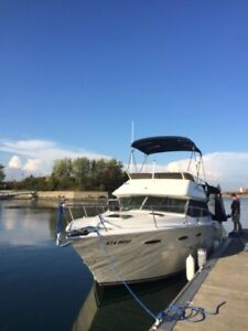 COTTAGE BOAT --NICE SEA RAY YACHT-CRUISER CONVERTIBLE FLY BRIDGE