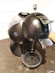 LIKE NEW DOLCE GUSTO COFFEE AND HOT CHOCOLATE MAKER