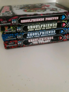 Monster High Ghoulfriends Forever Book Collection