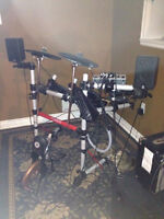 Yamaha electric drum kit (with amp and speakers included!!)