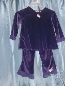 Many adorable outfits for a 2 year old girl for sale Gatineau Ottawa / Gatineau Area image 4