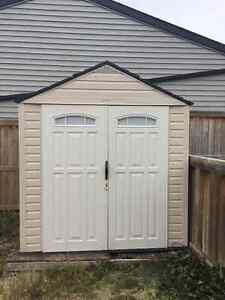 Rubbermaid 7'x7' shed
