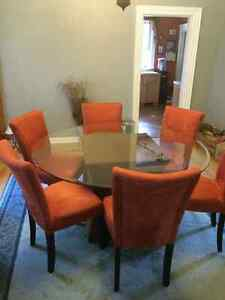 Glass dining table with wicker base Sarnia Sarnia Area image 1
