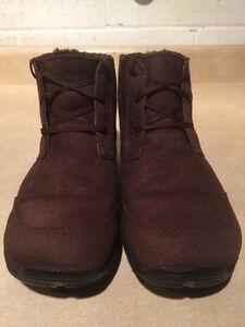 Women's Merrell Air Cushion Shoes Size 7 London Ontario image 5
