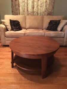 POTTERY BARN COFFEE TABLE AND MATCHING END TABLE