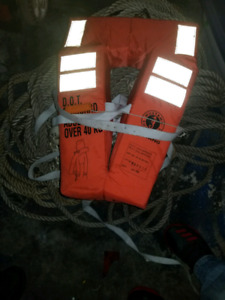 70lb Danforth Anchor, 300ft anchor rope/chain & 30 Life Jackets
