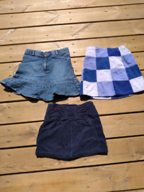 Skirt bundle. 3-4yrs