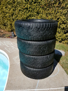 4 pneus hiver General 205 55 R16