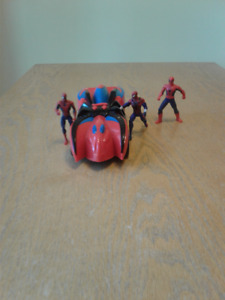 Spiderman Hot Wheels Battery Operated Car & 3 Figures