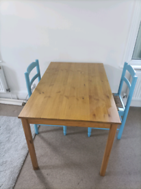 Pine Dining Table 4-6 seater
