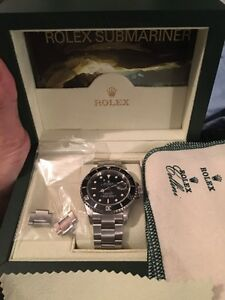 ROLEX SUBMARINER DATE 16610 WITH BOX AND PAPERS