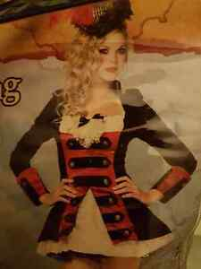 Charming pirate Captain women halloween costume