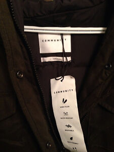 ARITZIA WINTER COAT - never worn, tags on, perfect condition Kingston Kingston Area image 9