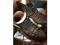 Mammut women's hiking boots size UK 6