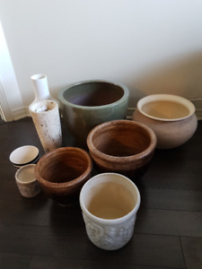 Caches pots (10$ chacun)