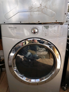 Frigidaire affinity drier and pedestal