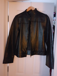 Brand new 100% genuine leather jacket size M