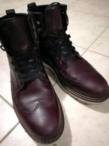 Timberland wing tip leather high top boots sz9. 5