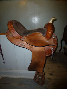 16 IN BARREL SADDLE BY TIMBER RIDGE