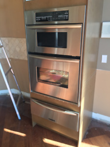 Kitchenaide Microwave Oven and Warming Drawer