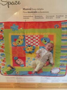 Tapis d'éveil pour bébé Infantino