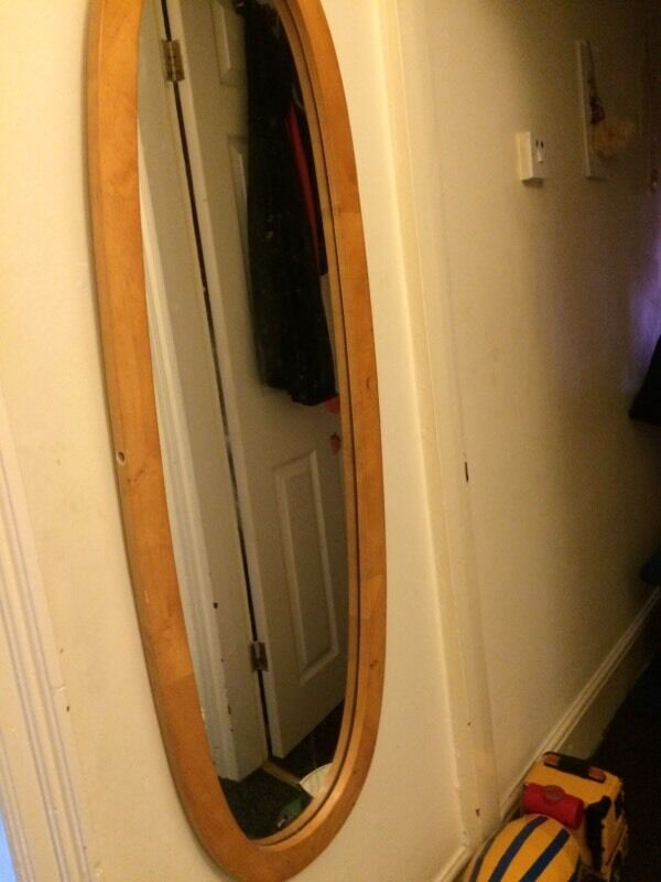 Pine full length mirror on a stand buy sale and trade ads for Long stand up mirror