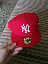 New york yankees cap (not snapback)