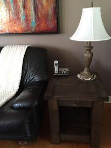 Table café pour le salon où table de chevet pour la chambre