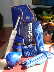CRICKET BATS CRICKET KITS CRICKET SHOES