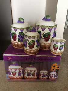 moving sale (decorative storage jar)