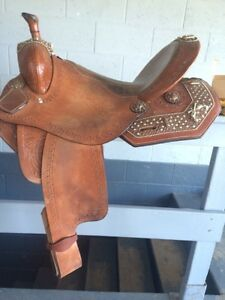 "17"" Double T Barrel Saddle"