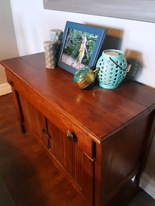 Beautiful solid wood antique table/hutch