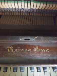 Piano for sale 100$