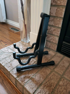 Guitar Stand (used)