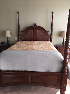 Queen-Plantation Poster Solid Wood Bdrm