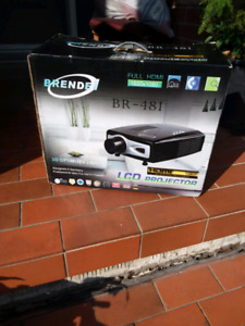 Brendel LCD professional theatre projector with screen