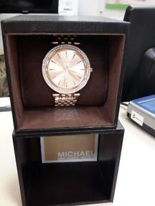 *** USED ***  MICHAEL KORS LADIES WATCH   S/N:51186550   #STORE301