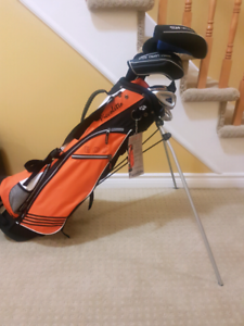 Youth golf clubs with stand bag