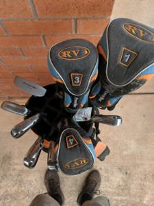 Ladies Powerbilt Golf clubs