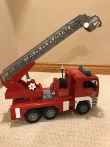 Bruder Fire truck and Garbage Truck, Trucks and Tractor