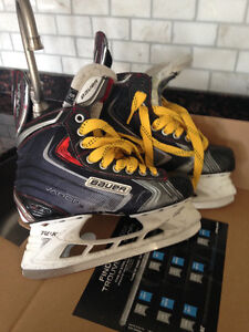 Bauer Vapor 80 Skates-YOUTH Kitchener / Waterloo Kitchener Area image 1