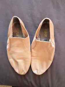 Jazz Shoes Bloch Size 4.5. London Ontario image 1