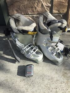 Women's ski boots with heaters size 22.0