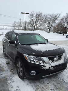 2013 Nissan Pathfinder platinum edition