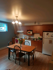 Grand appartement 3 1/2 à louer à Blainville