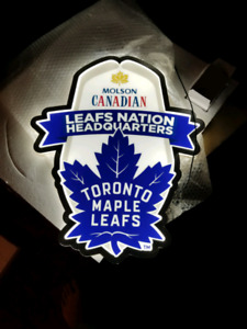 Molson Canadian/ Leafs NHL light up bar sign