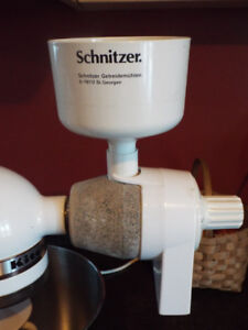 Stone Grain Mill attachment for KitchenAid