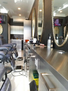 For sale: Very profitable Barber shop/ Hair salon