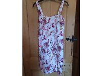 Red Herring flowery pencil dress size 12
